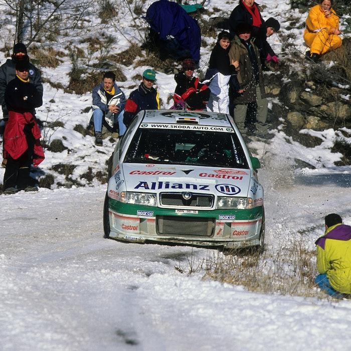 2001 WRCcopyright: McKlein