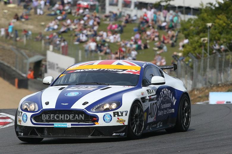 Jamie Chadwick / Ross Gunn Beechdean GT4 Aston Martin GT4 Challenge