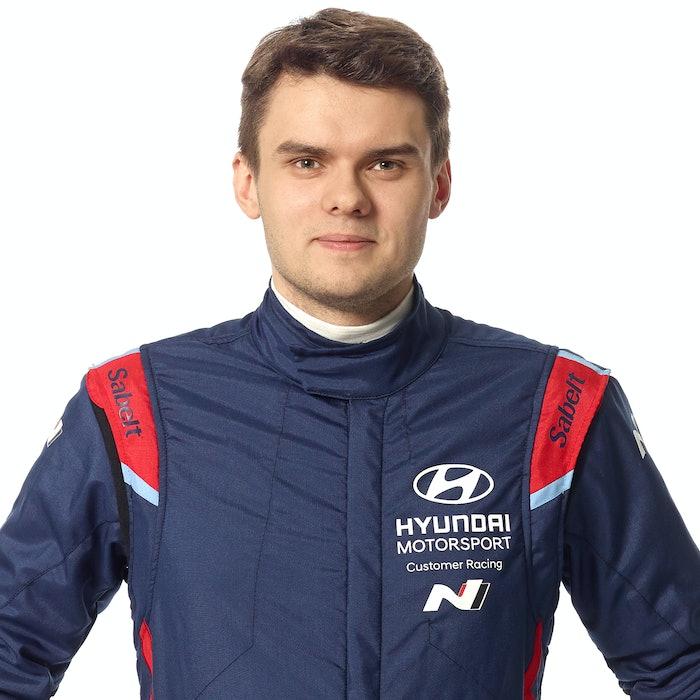 Nikolay-Gryazin_Portrait