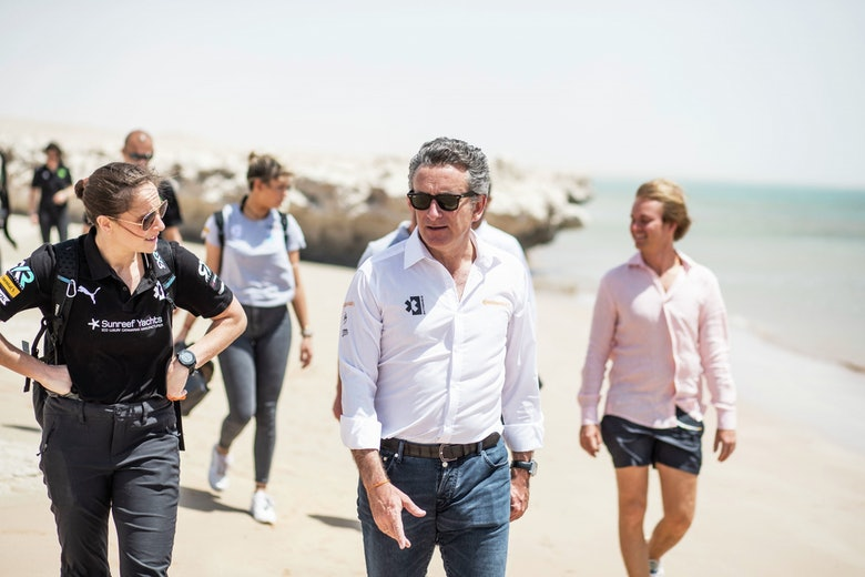 Molly Taylor (AUS), Rosberg X Racing, with Alejandro Agag, CEO, Extreme E