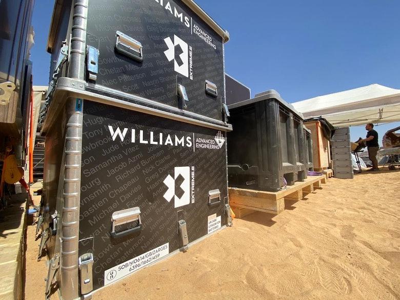 xe-desert-xprix-williams-boxes
