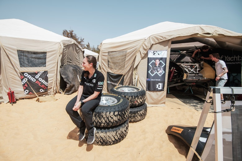 Molly Taylor (AUS), Rosberg X Racing sits on Continental tyres in the pits
