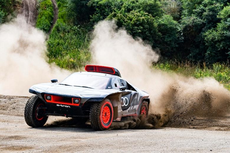 Road to Dakar – Test Audi Sport