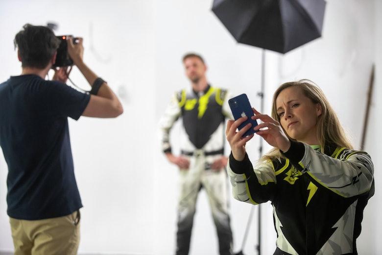 Mikaela Ahlin-Kottulinsky (SWE), JBXE Extreme-E Team takes a selfie