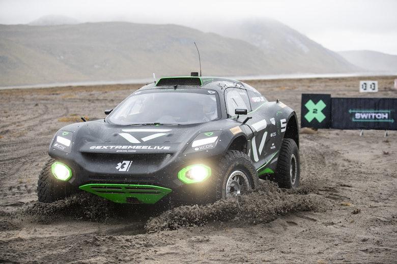 Emma Gilmour (NZL)/Stephane Sarrazin (FRA), Veloce Racing switch area