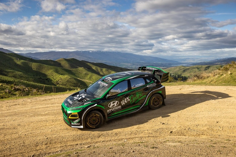 Hyundai-EV-rally-car-_static2-by-Graeme-Murray-Photography-1536×1024