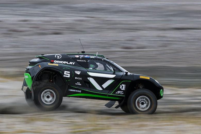 Emma Gilmour (NZL)/Stephane Sarrazin (FRA), Veloce Racing