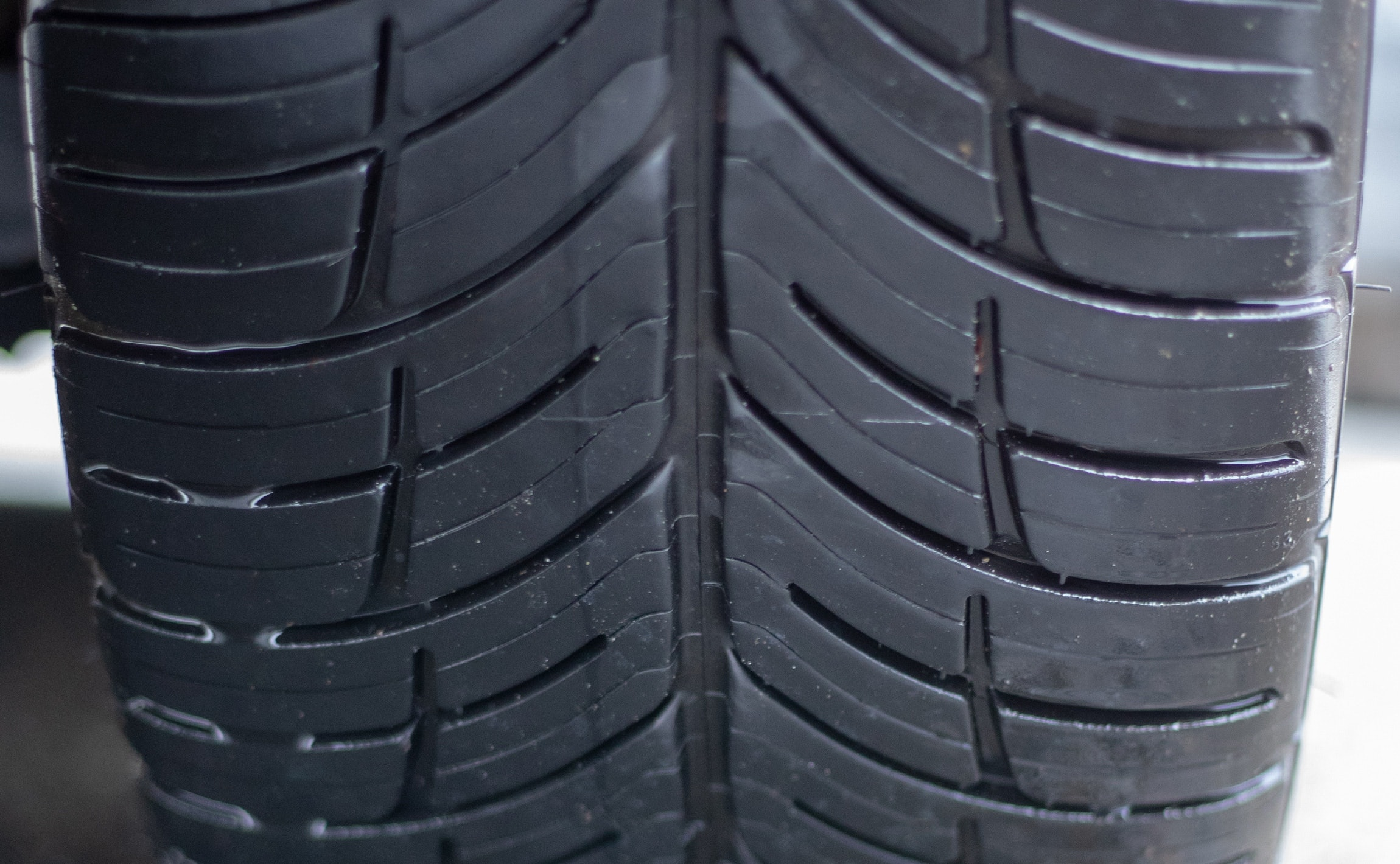 rain tire tread
